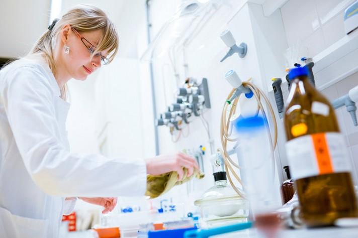 Rutinas de limpieza de material de laboratorio