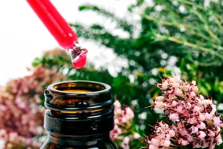 Flores de Bach en frasco cuentagotas